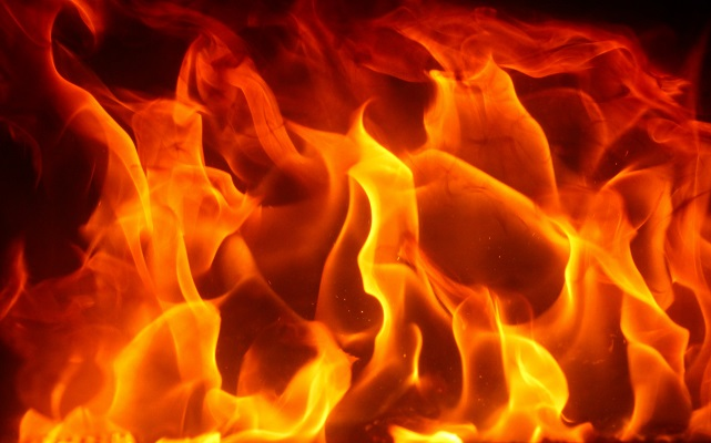 25 пожара за месец август. Преди зимата: Почистете си комините!