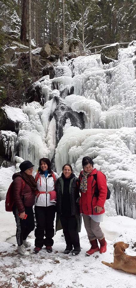 Водопадът в с. Късак привлича туристи и през зимата … СНИМКИ+ВИДЕО