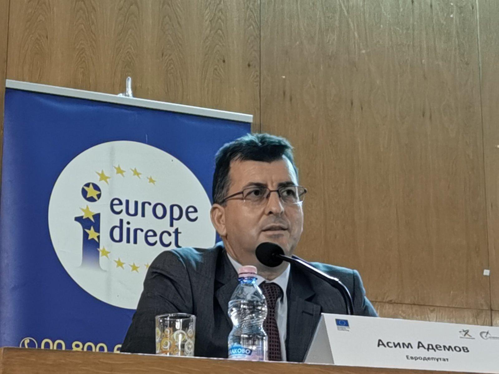 Евродепутатът от ГЕРБ/ЕНП Асим Адемов: Земеделието ще става все по-екологично