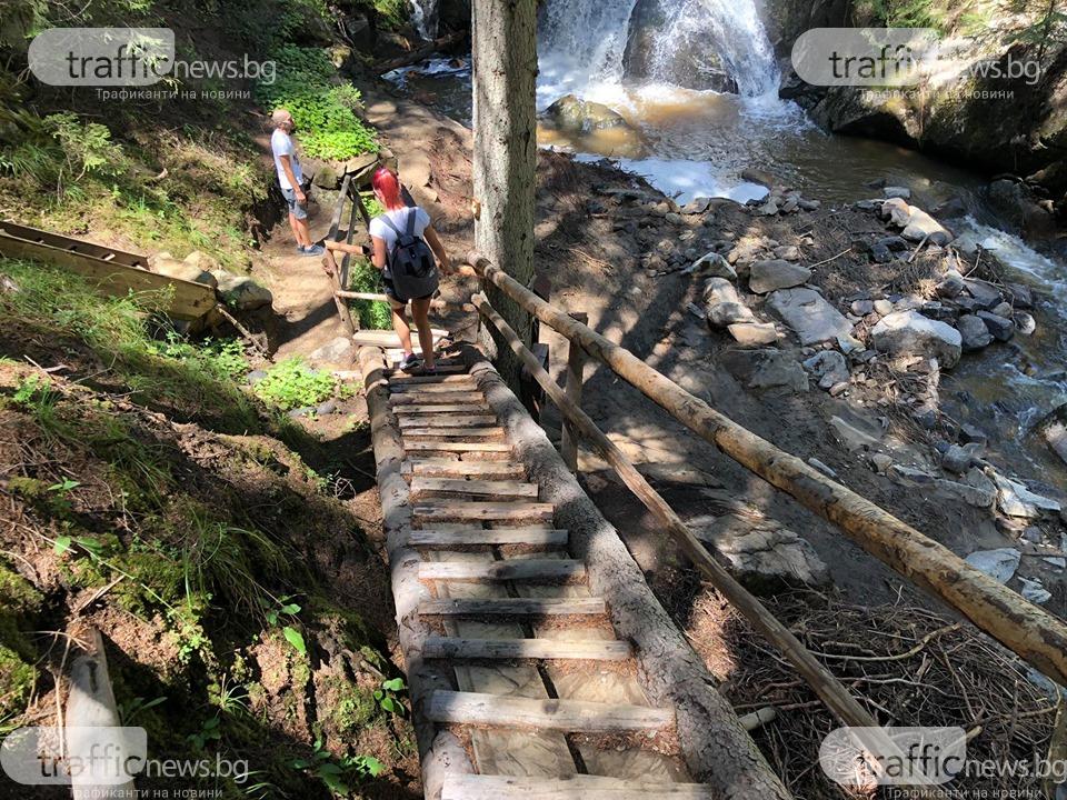 Trafficnews.bg: Презаредете батериите с пътешествие до водопад Късак и горската библиотека