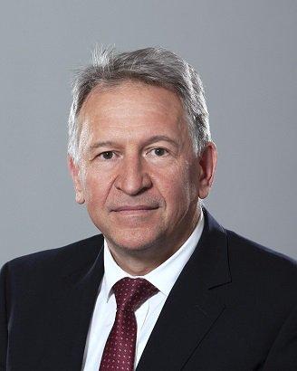 Министър Кацаров издаде три заповеди във връзка с удължаването на извънредната епидемична обстановка до края на месец август